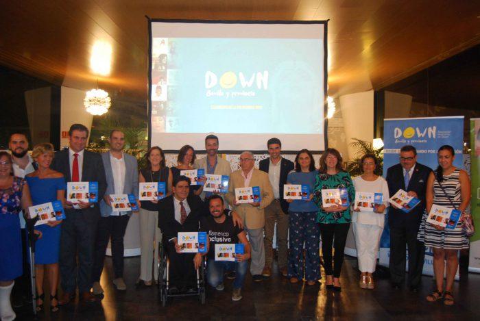 Calendario Sevilla.Down Sevilla Presenta El Nuevo Calendario De La Solidaridad 2019